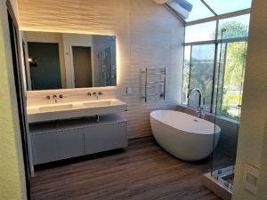 Elite Living Remodeling Free Standing Bathtub